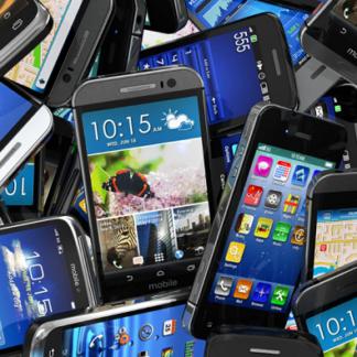 Älypuhelimet & ja Lisälaitteet